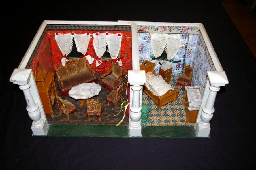 Puppenstube historisch im Hinterlandmuseum Schloss Biedenkopf ausgestellt