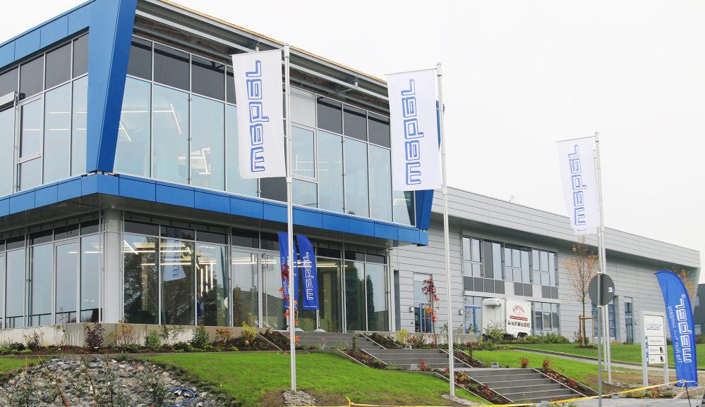 Das neue Gebäude der Firma Weber in Werther - viel Glas und ein moderner Look.