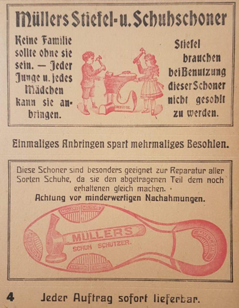 """Altes Werbeschild aus brauner Pappe. """"Müllers Stiefel- u. Schuhschoner""""."""