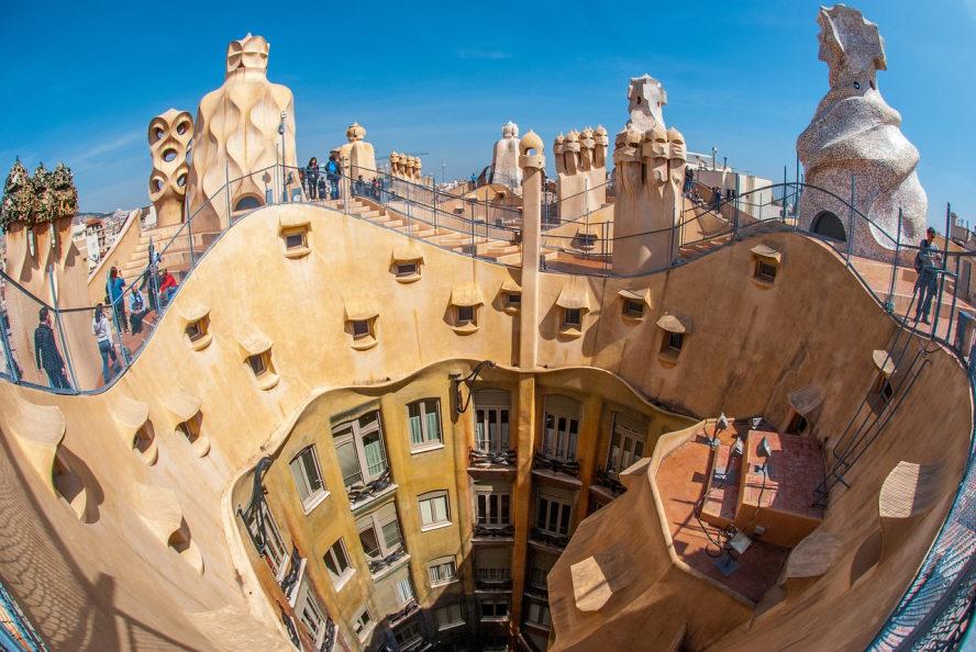 Gebäude in Barcelona vom Architekten Gaudi entworfen.