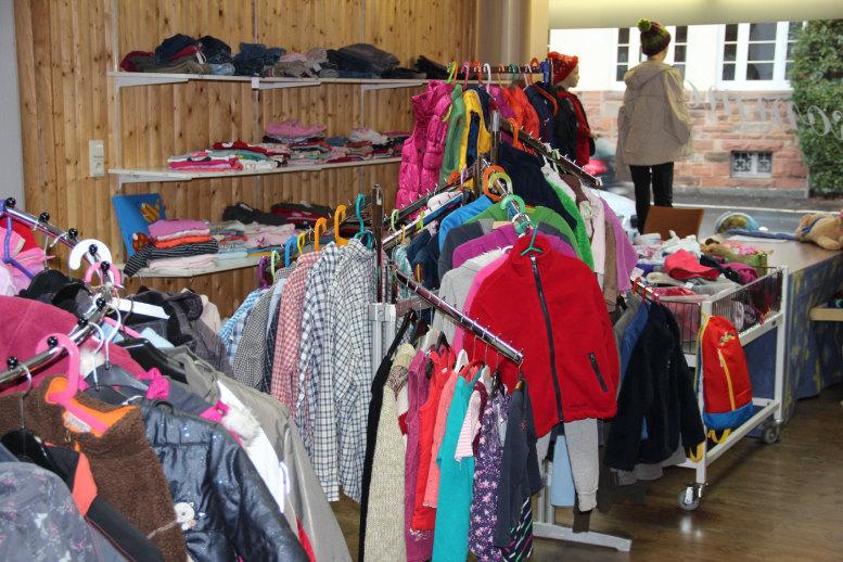 Kleiderladen - Blick ins Innere