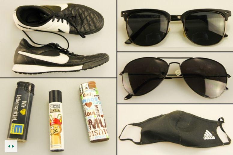 Fundstücke wie Sonnenbrillen, Turnschuhe und Süßigkeiten
