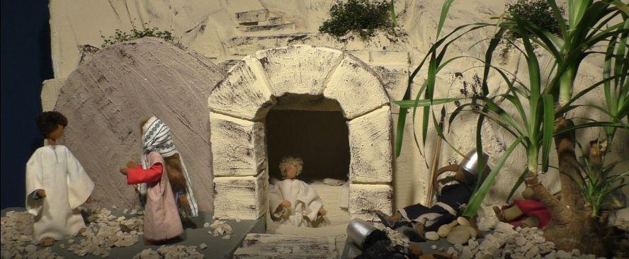 Osterszene mit Egli-Puppen: Auferstehung des Herrn.